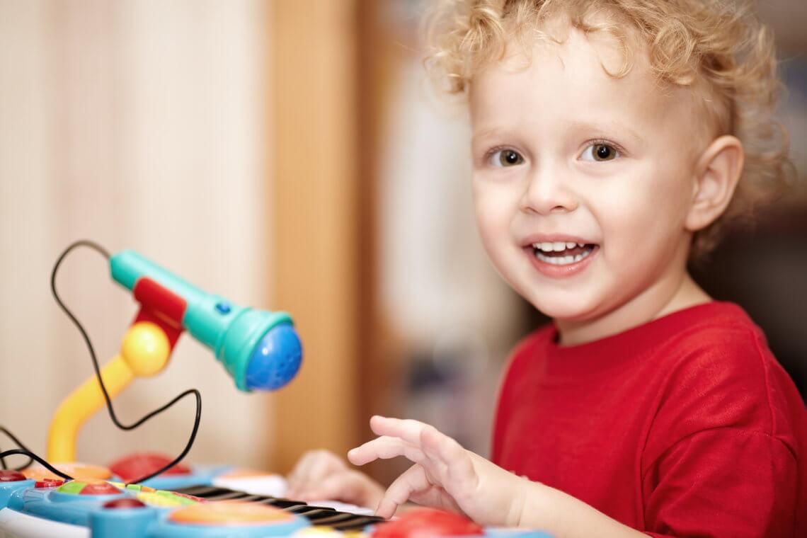 Rozwijaj pasje wokalne swojego dziecka z mikrofonem dla dzieci