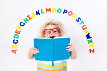 Jak nauczyć dziecko literek i alfabetu?