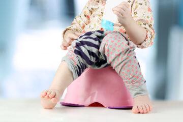 Jak nauczyć dziecko sikać do nocnika?