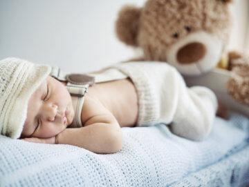 Zabawki wydające szum świetną metodą w usypianiu dzieci