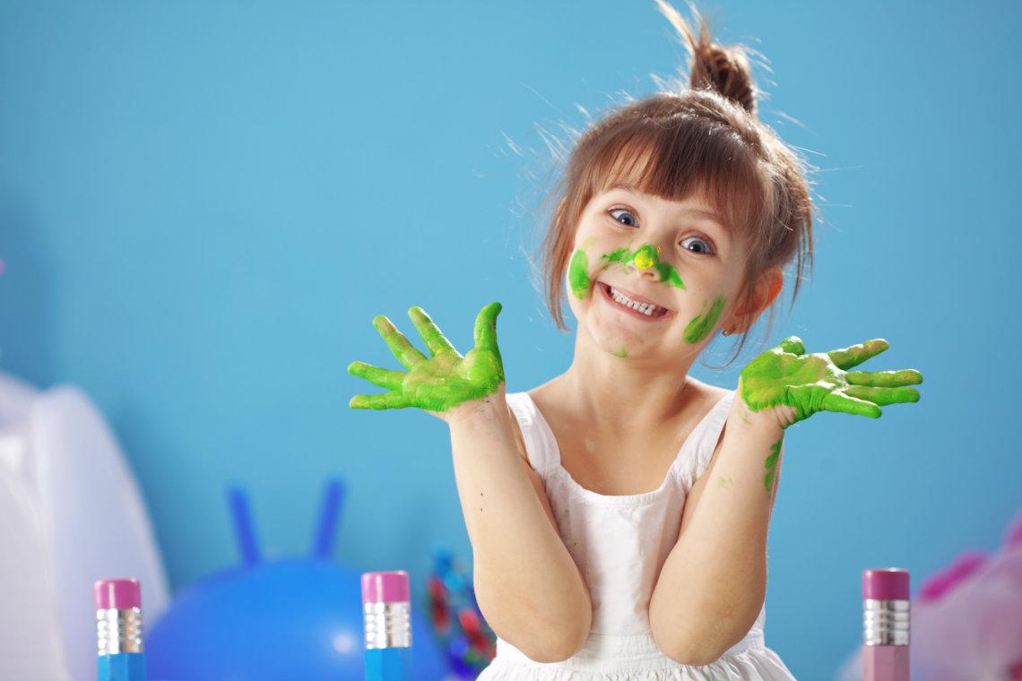 Kreatywne zabawy dla dzieci – jak je zorganizować?