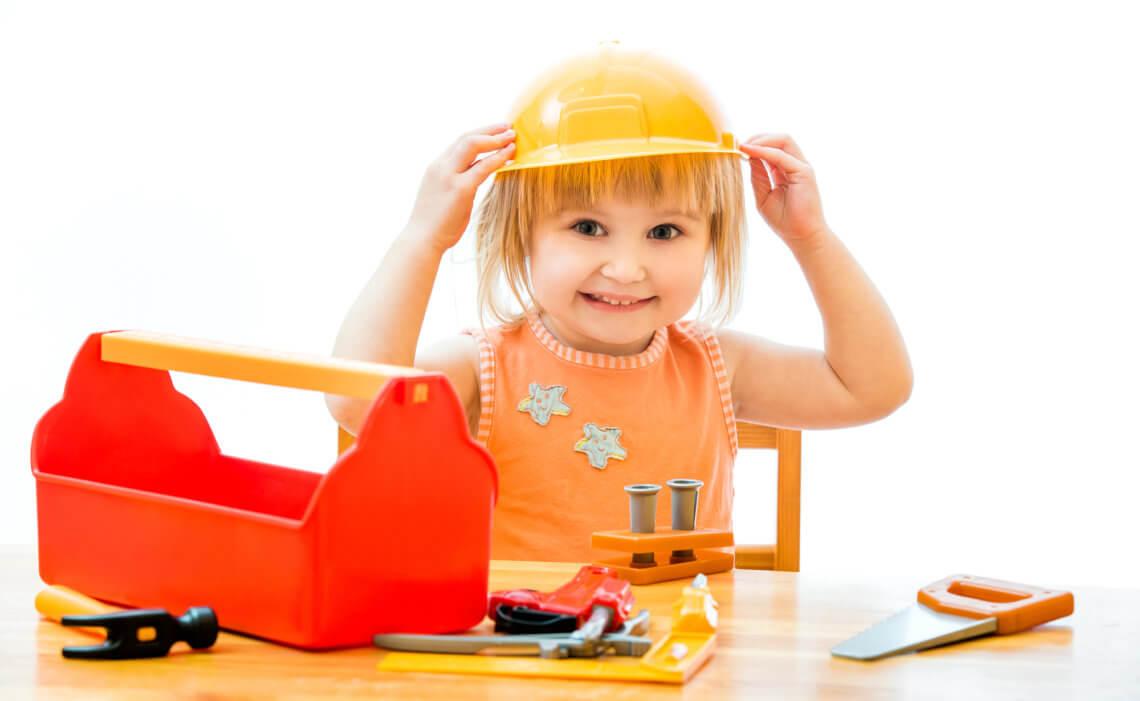 Czego uczy zestaw majsterkowicza dla dzieci?