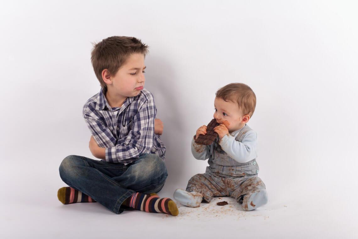 Zazdrość o młodsze rodzeństwo – bez rywalizacji jest lepiej!