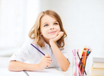 Jak nauczyć dziecko głoskować? 10 ćwiczeń, które pomogą zrozumieć dziecku, co to są głoski